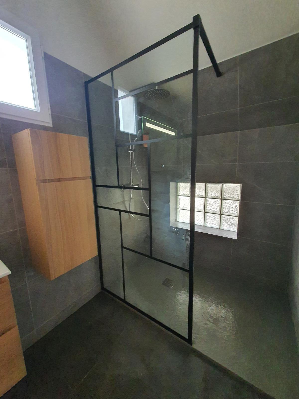 Renovation-salle-de-bains-douche